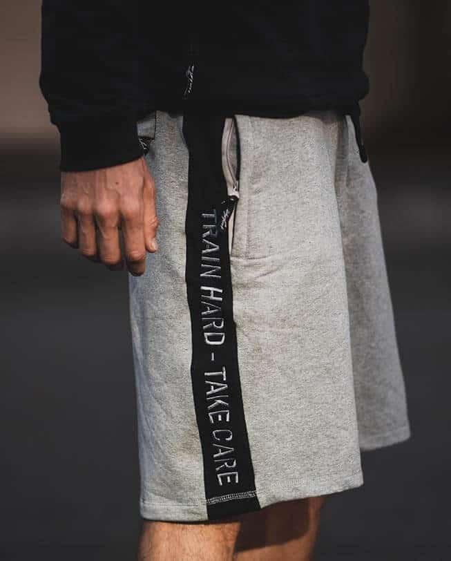 shorts etrefort claim