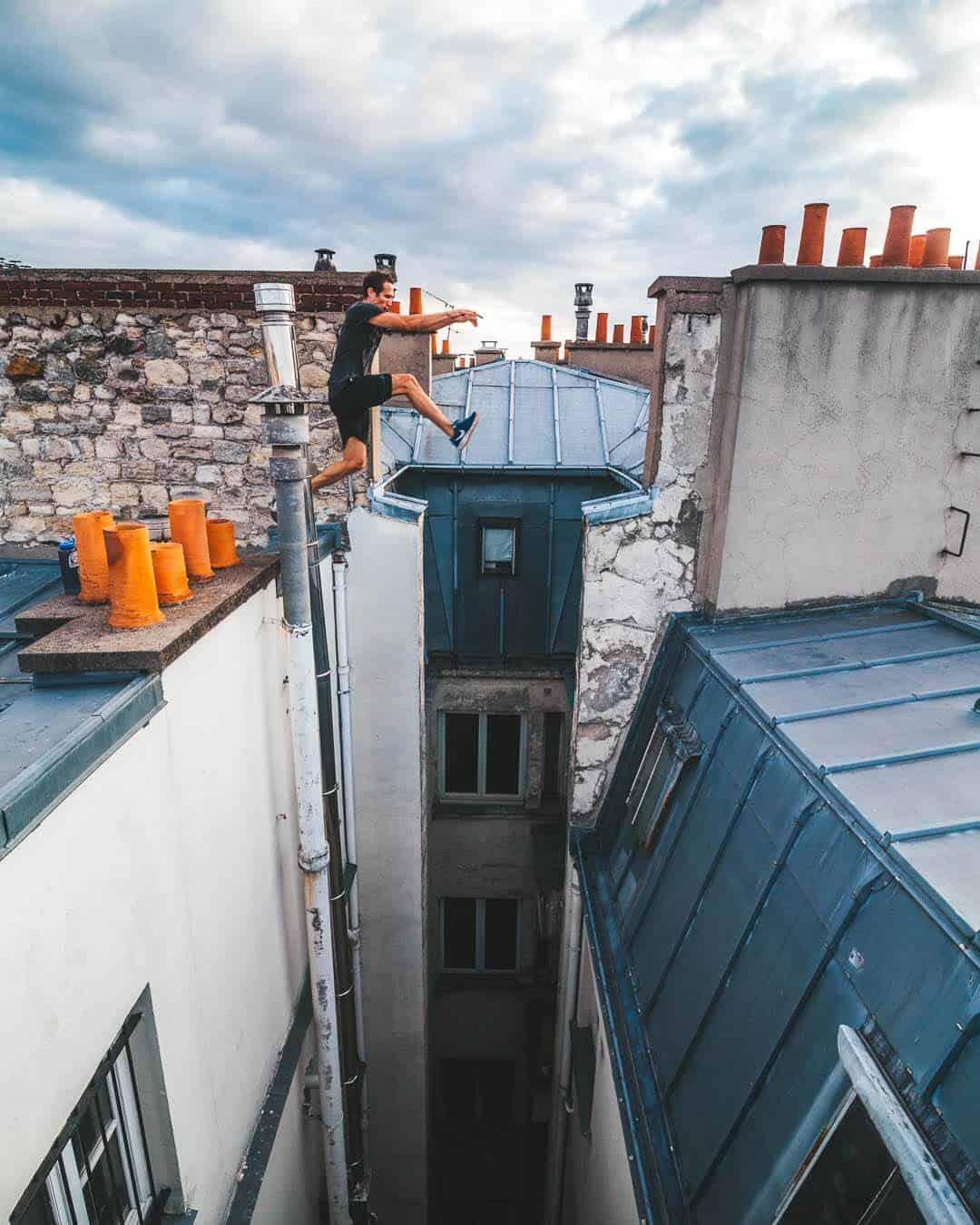 etrefort thibaut parkour clothing outdor paris rooftop pov go