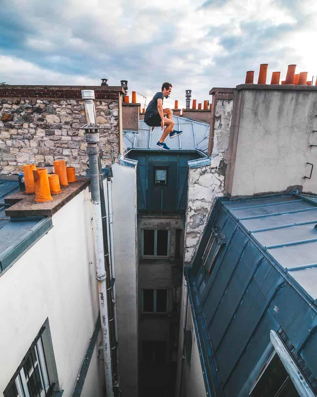 etrefort thibaut parkour clothing outdor paris rooftop pov gopro mouth