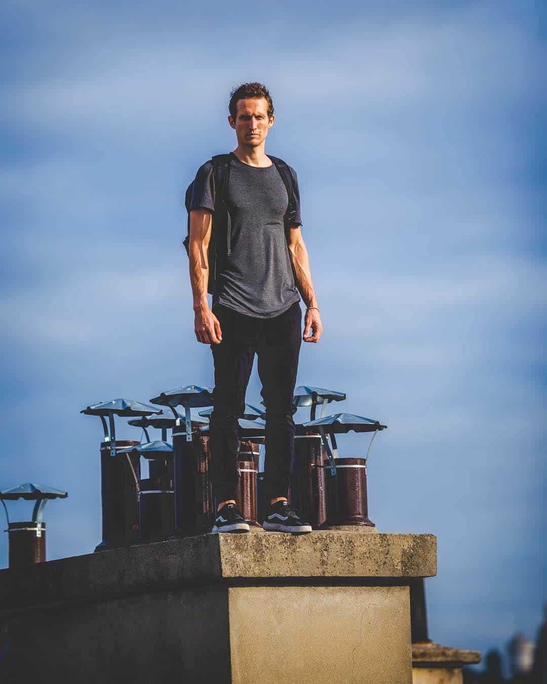 etrefort thibaut parkour clothing outdor paris rooftop pov